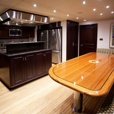 Liquidity Yacht Galley Table