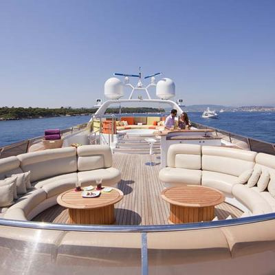 Daloli Yacht Circular Seating