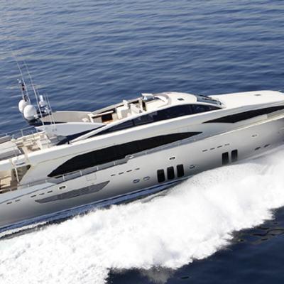 Dragon Yacht Cruising