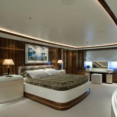 O'Neiro Yacht Master Stateroom