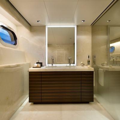 Odessa Yacht Guest Shower Room