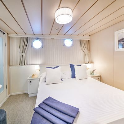 La Perla Yacht
