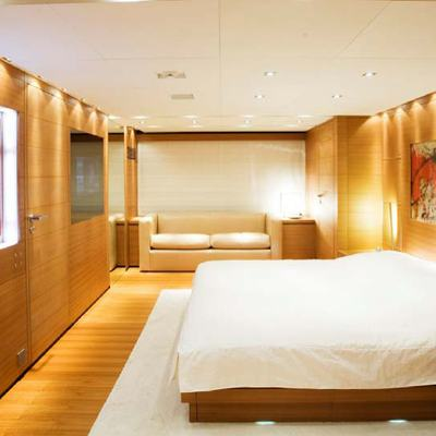 Seakid Yacht Master Stateroom - Side