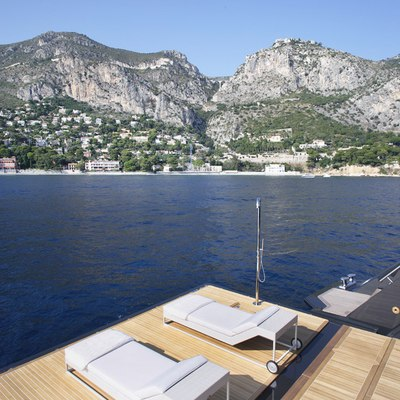 Icon Yacht Swimming Platform