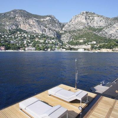 Icon Yacht Swimming Platform