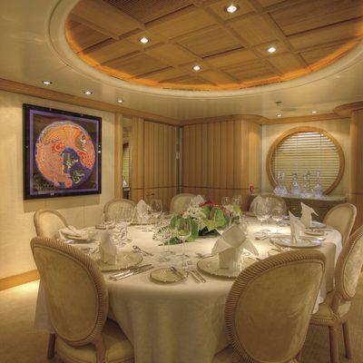 Marla Yacht Dining Table