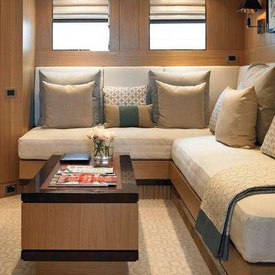 Kathleen Anne Yacht Master Stateroom - Seating