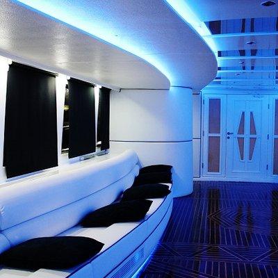 Empros 100 Yacht