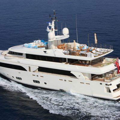 Hana Yacht Underway