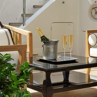 Lady MM Yacht Detail - Champagne