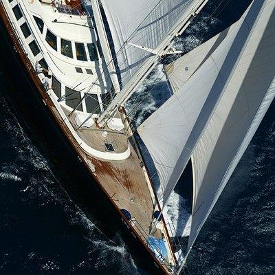 Principessa Vaivia Yacht Running Shot - Overhead