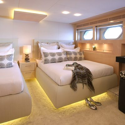 Gems II Yacht Twin Stateroom
