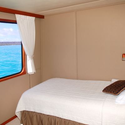 Integrity Yacht Single Cabin with Twin Bed