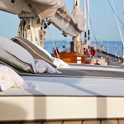 Gweilo Yacht Sun Loungers