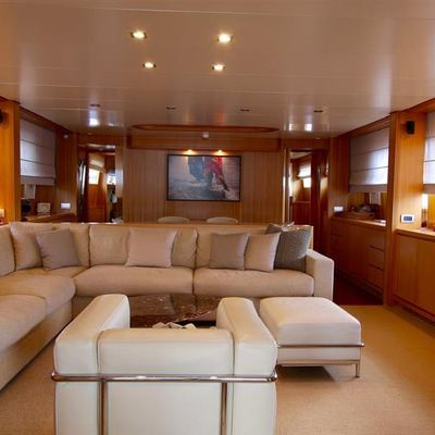 Panthours Yacht