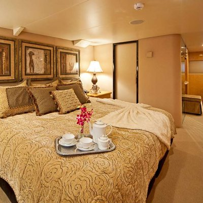 Big Eagle Yacht VIP Stateroom
