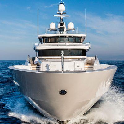 Suerte Yacht Bow