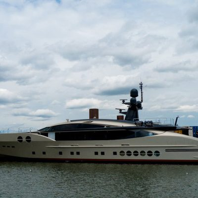 DB9 Yacht Main Profile