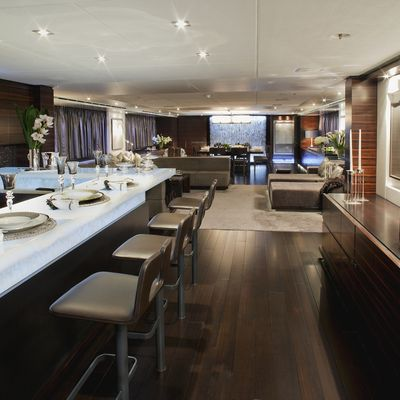 Inception Yacht Bar