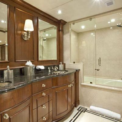 Wheels Yacht Guest Bathroom