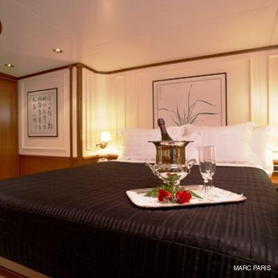 Seawolf Yacht Master Stateroom
