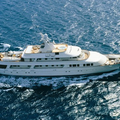 Legend Yacht Running Shot - Aerial View