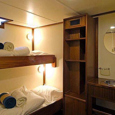 Adornate Yacht Twin Stateroom