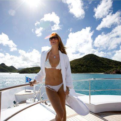 Perle Bleue Yacht Lifestyle