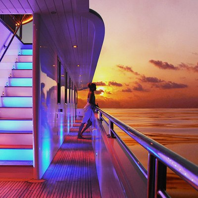 Dhaainkan'baa Yacht Exterior Staircase