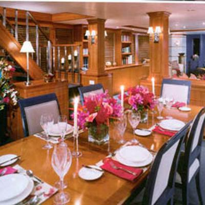 Murphy's Law Yacht Formal Dining