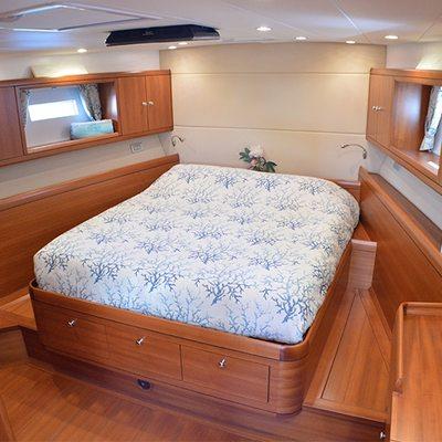 Terra Di Mezzo Yacht