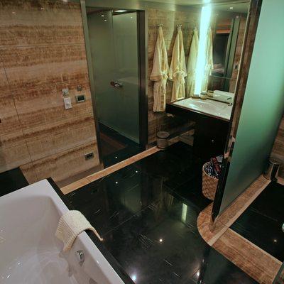 Tatiana I Yacht Bathroom