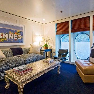 Diamond Yacht Master Stateroom - Seating Room