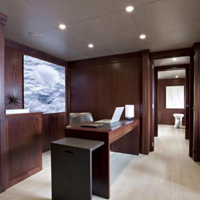 Cyan Yacht