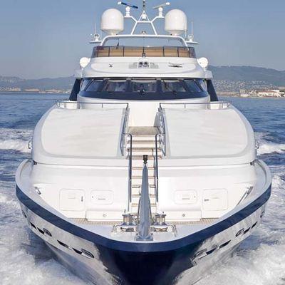 Daloli Yacht Front View