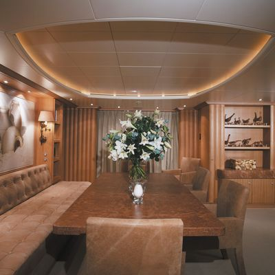 Alexandra Yacht Dining Table - Overview