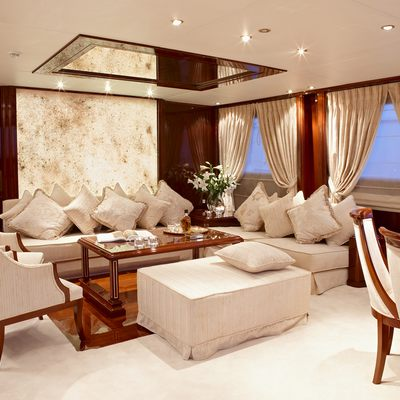 Iraklis L Yacht Salon & Dining