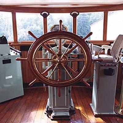 Taconite Yacht Pilothouse