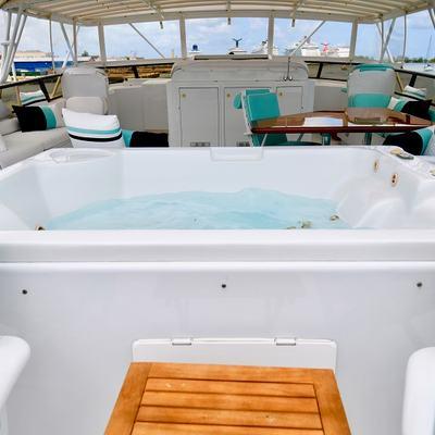 Impulse Yacht