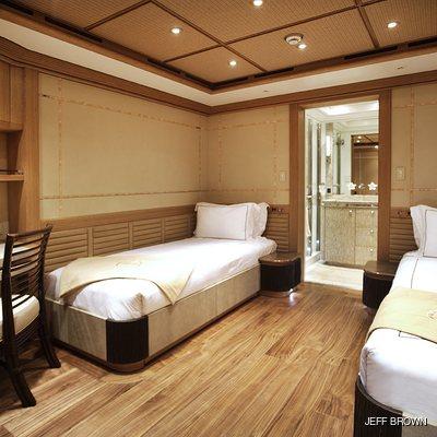 Hemisphere Yacht Twin Stateroom