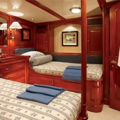 Meteor Yacht Twin Stateroom