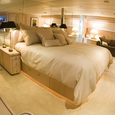Silent World II Yacht Master Stateroom