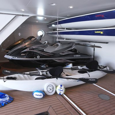 Harle Yacht Tender & Toys Garage