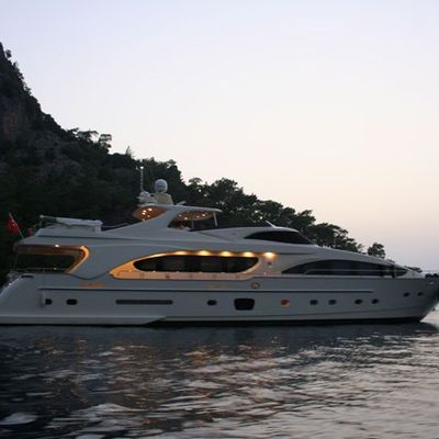 Merve Yacht In the Bay