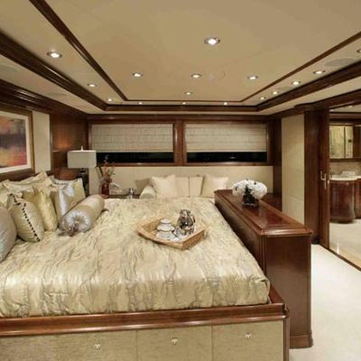 Seament Yacht Master Stateroom - Side