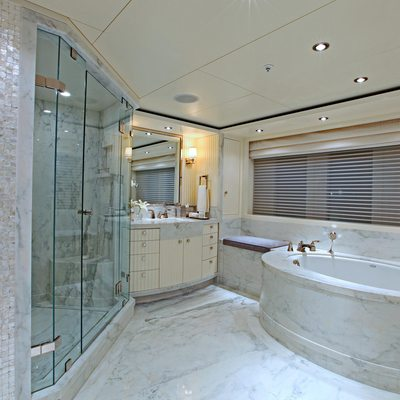 Carpe Diem Yacht Master Bathroom - Hers