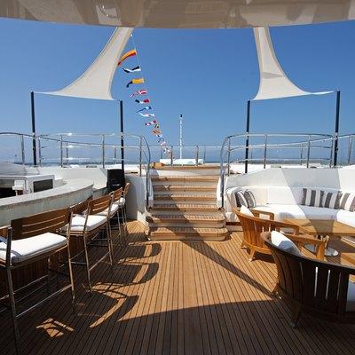 Seanna Yacht External Bar/Seating Area
