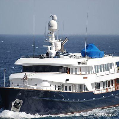 Stargazer Yacht Front View