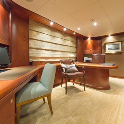 Solaia Yacht Study