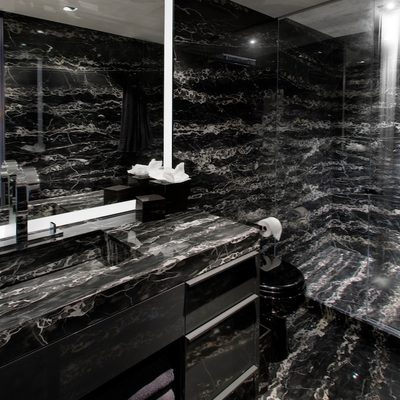Odessa Yacht Guest Bathroom